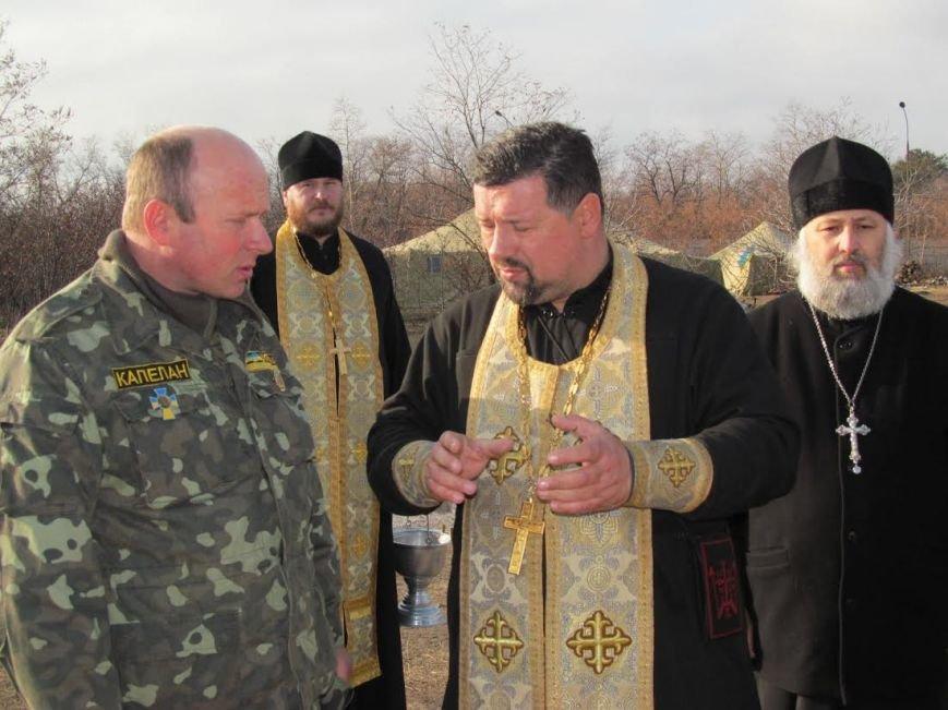 В Мариуполь из Луганска прибыли мощи 12-ти святых воинов (ФОТО), фото-3