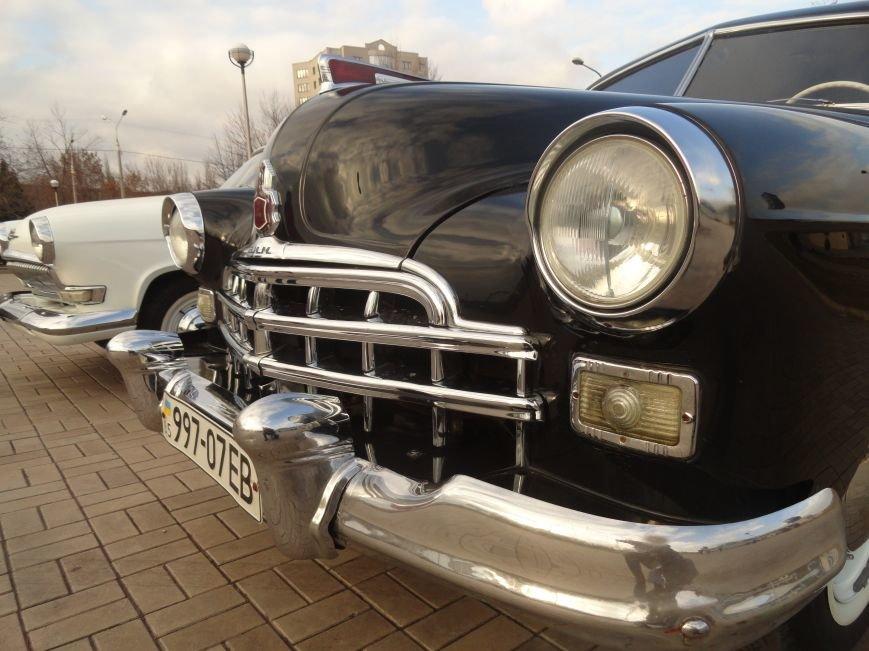 На улицах Мариуполя появились раритетные автомобили (ФОТОРЕПОРТАЖ), фото-7