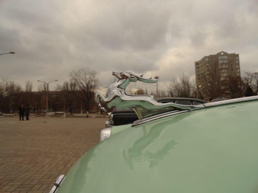 На улицах Мариуполя появились раритетные автомобили (ФОТОРЕПОРТАЖ), фото-10
