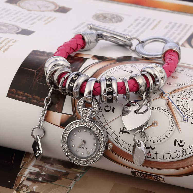 lowcost2.ru_2014.10.18-04.55.21_942250_8-colors-fashion-leather-bracelet-heart-multi-pendant-women-dress-watch-quartz-watch