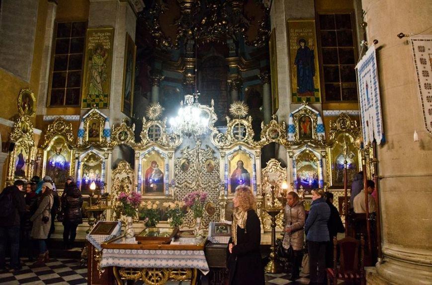 «Ніч у Львові»: цієї ночі відбулась унікальна екскурсія чудотворними іконами (ФОТОРЕПОРТАЖ), фото-6