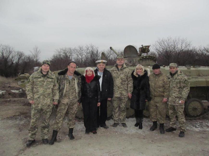 В Мариуполе выступили военные артисты (ФОТО), фото-9