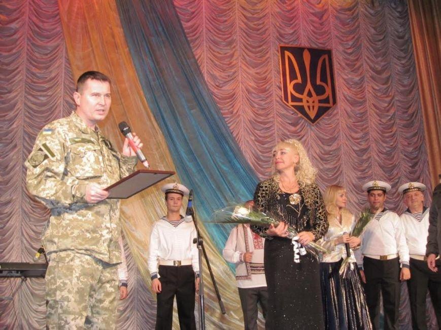 В Мариуполе выступили военные артисты (ФОТО), фото-2