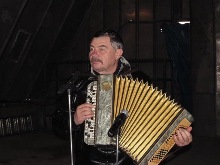 В Мариуполе выступили военные артисты (ФОТО), фото-1