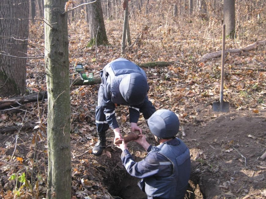 В Кировоградской области уничтожено 215 боеприпасов (фото), фото-2