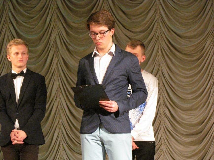 Команда КВН Машколледжа СумГУ «Ренессанс» выиграла четвертьфинал Кременчугской лиги КВН, фото-1
