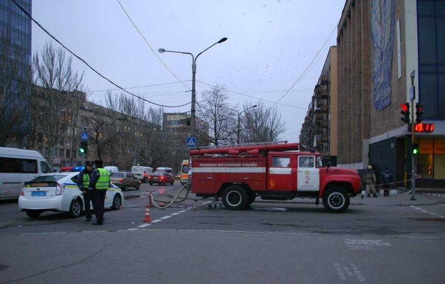 В Запорожье эвакуировали Главпочтамт (ФОТО), фото-4