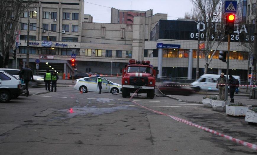 В Запорожье эвакуировали Главпочтамт (ФОТО), фото-3