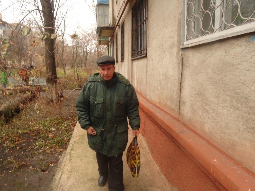 Мариупольцы спасали свой дом от коротких замыканий и возгораний проводки  (ФОТОРЕПОРТАЖ), фото-2