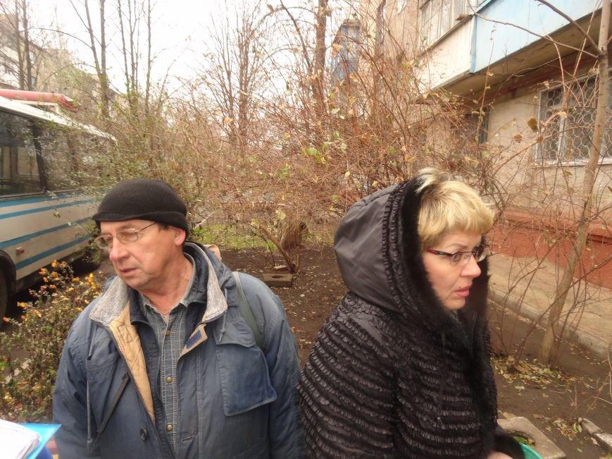Мариупольцы спасали свой дом от коротких замыканий и возгораний проводки  (ФОТОРЕПОРТАЖ), фото-8
