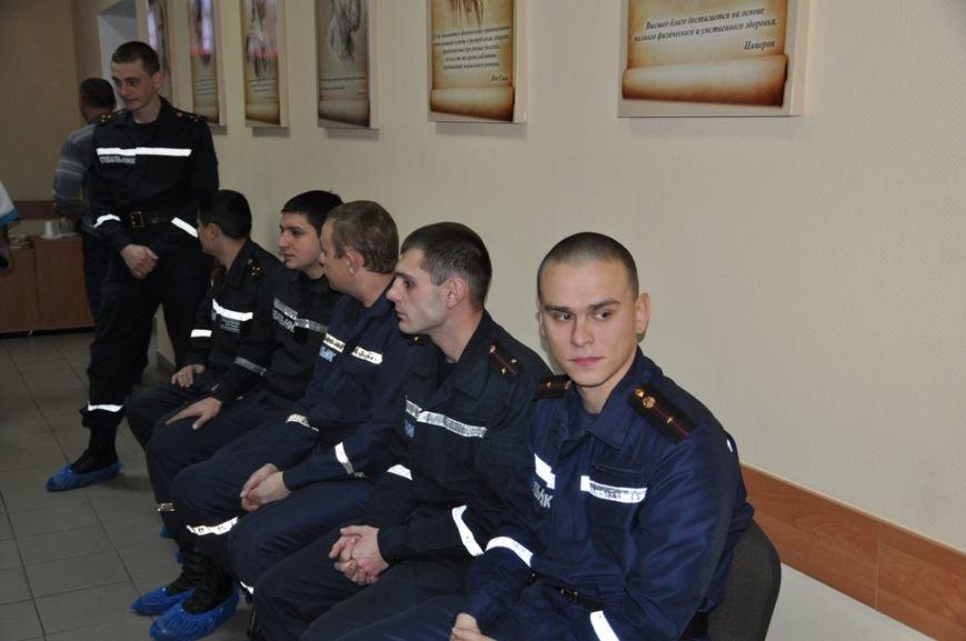 Кировоградские спасатели сдали более 20 литров крови для бойцов АТО, фото-1
