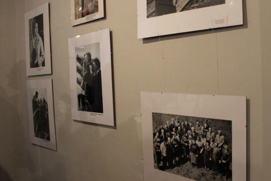 В Кривом Роге открылась фотовыставка, посвященная 90-летию «Червоного гірника»(ФОТО), фото-4