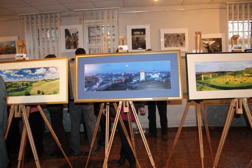 В Кривом Роге открылась фотовыставка, посвященная 90-летию «Червоного гірника»(ФОТО), фото-5