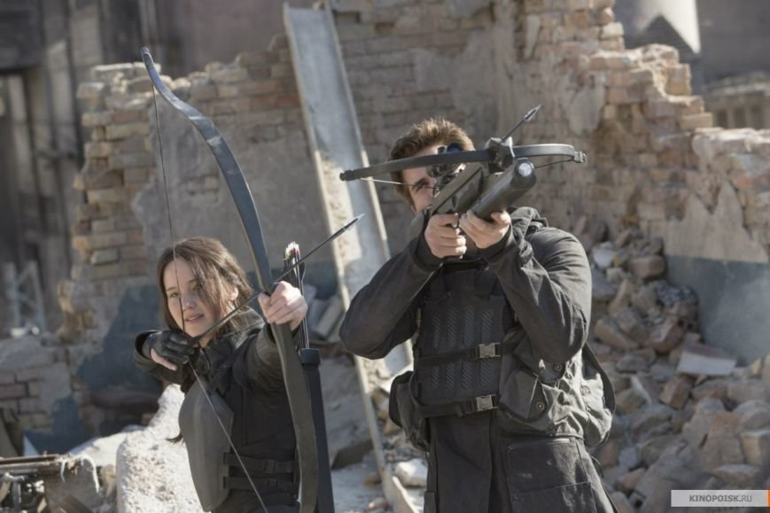 kinopoisk.ru-The-Hunger-Games_3A-Mockingjay-Part-1-2510366