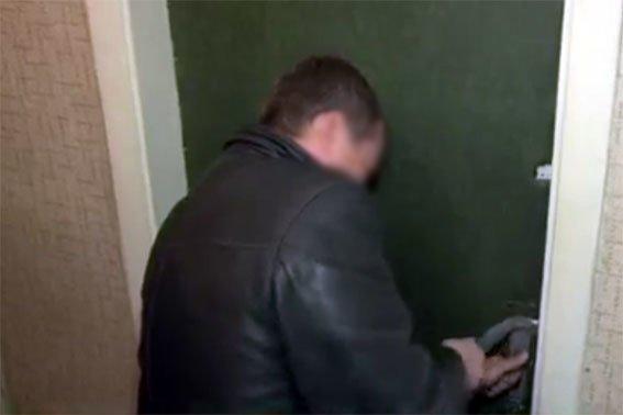 В Чернигове пойманы серийные воры, обокравшие 20 квартир, фото-3