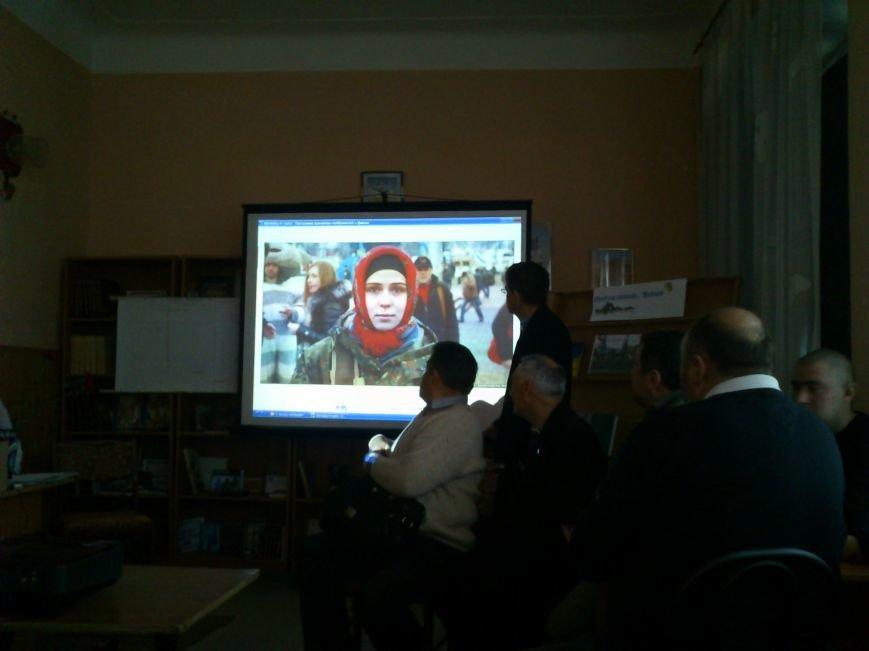 В Днепродзержинске студенты встретились с участниками Революции Достоинства 2013-2014 годов, фото-4