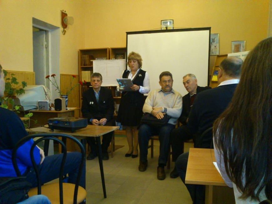 В Днепродзержинске студенты встретились с участниками Революции Достоинства 2013-2014 годов, фото-2