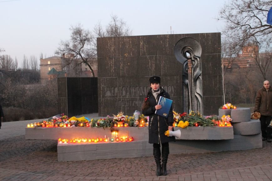 В Кривом Роге националисты почтили память жертв Голодоморов и политических репрессий без представителей городской власти (ФОТО), фото-10