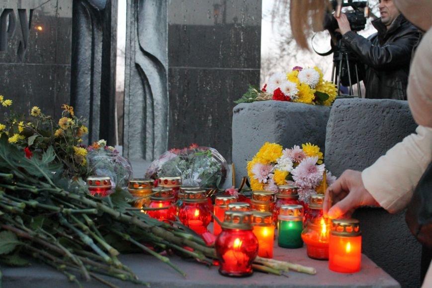 В Кривом Роге националисты почтили память жертв Голодоморов и политических репрессий без представителей городской власти (ФОТО), фото-4