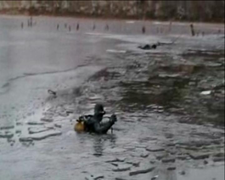 На Сумщине 2 человека погибли,  провалившись на первом льду (ФОТО), фото-4