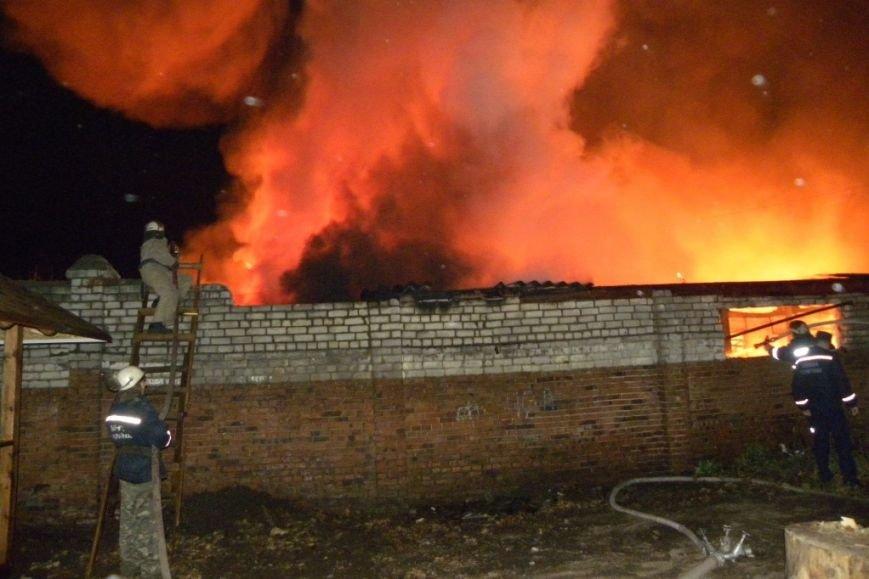 В Чернигове сгорела столярная мастерская на Шерстянке, фото-2