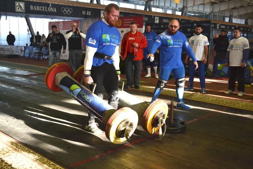 В Запорожье на суперфинале богатыри таскали железо и автомобильные колеса (ФОТО), фото-5