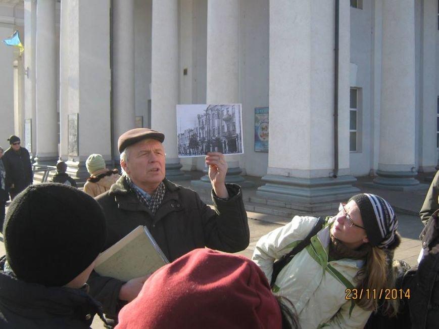 Криворожанам рассказали, почему на месте памятника Ленину поставлен крест, фото-4