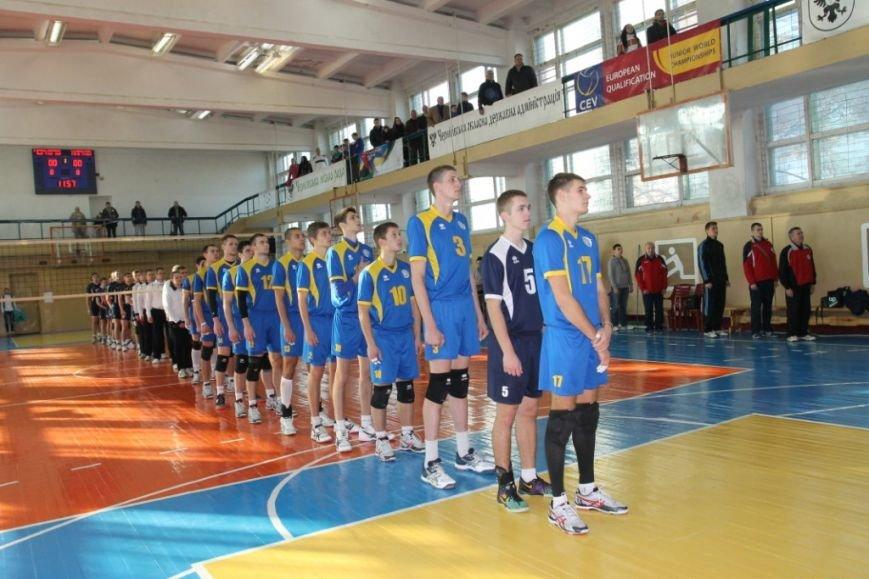Черниговские студенты с харьковскими юристами обменялись победами, фото-1