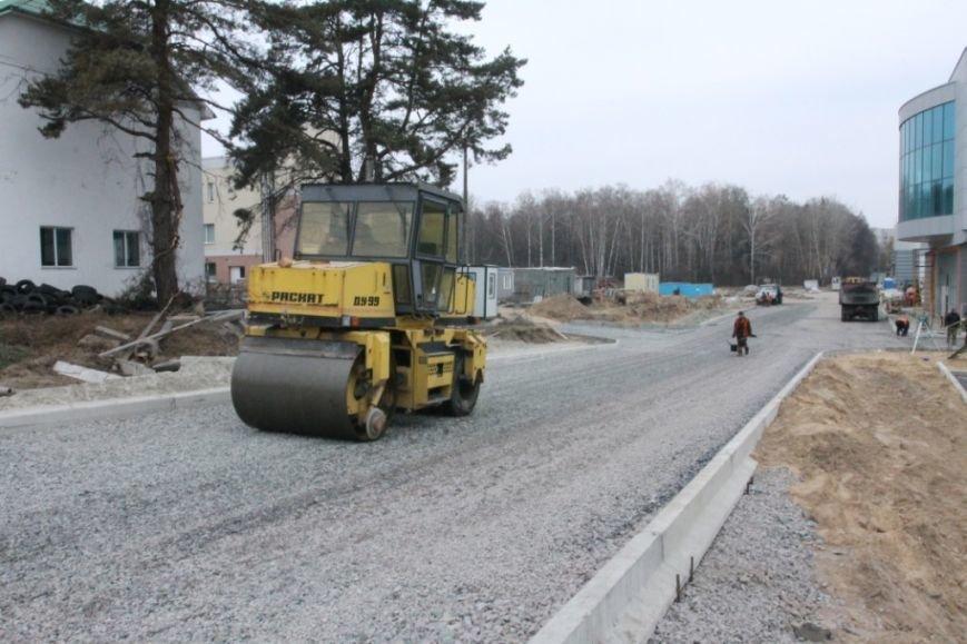 В Чернигове принялись доделывать дорогу возле «ВЕНЫ», фото-6
