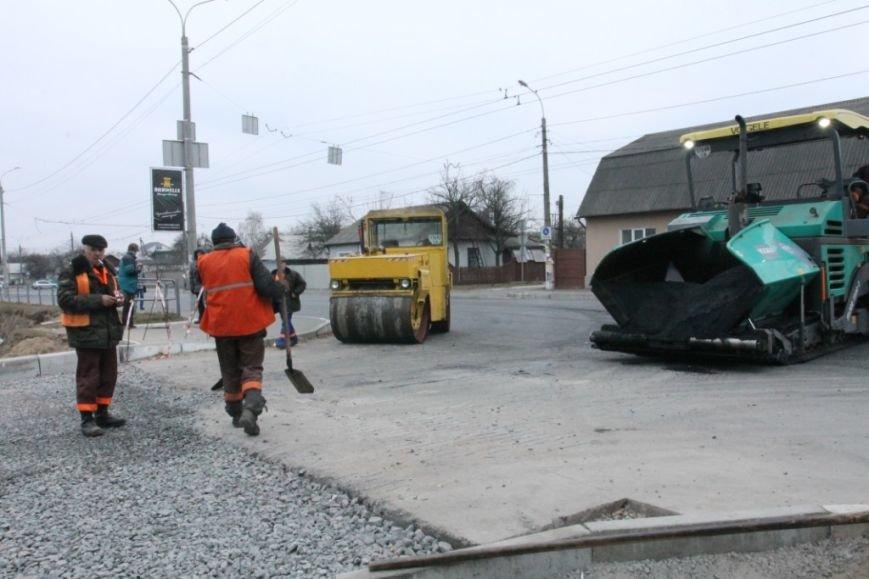 В Чернигове принялись доделывать дорогу возле «ВЕНЫ», фото-9