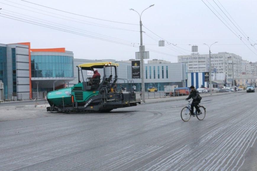 В Чернигове принялись доделывать дорогу возле «ВЕНЫ», фото-2