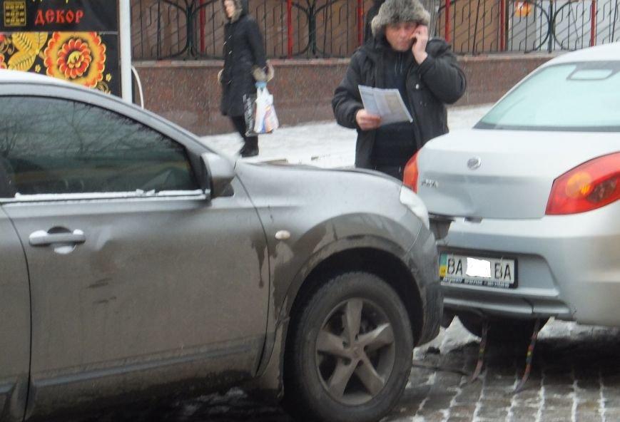 На Большой Перспективной в Кировограде произошло два ДТП (фото), фото-5