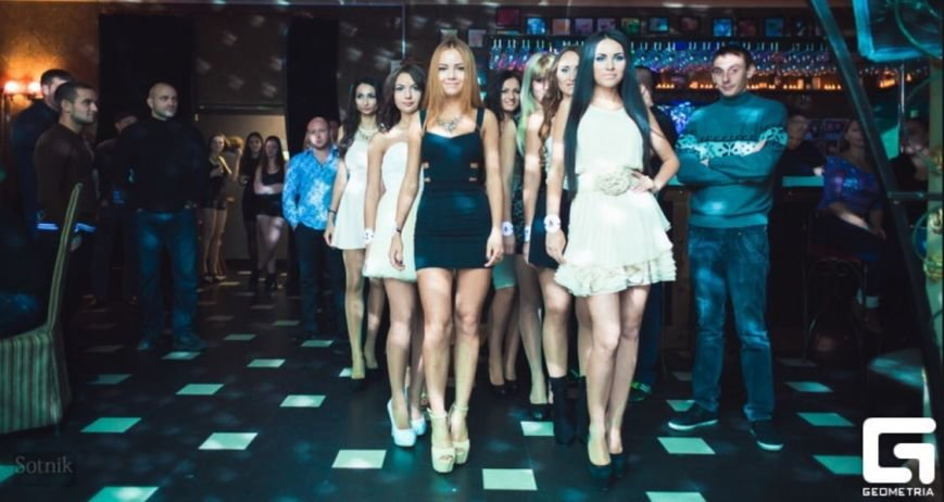 Ника Конн: «.. - В конкурсе красоты «Мисс Таганрог» одержала победу каждая девушка...» (фото) - фото 1