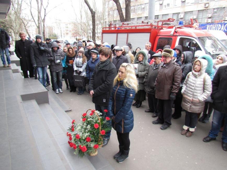 В Мариуполе почтили память героя-спасателя, погибшего в ПГТУ 17 лет назад (ФОТОРЕПОРТАЖ), фото-4