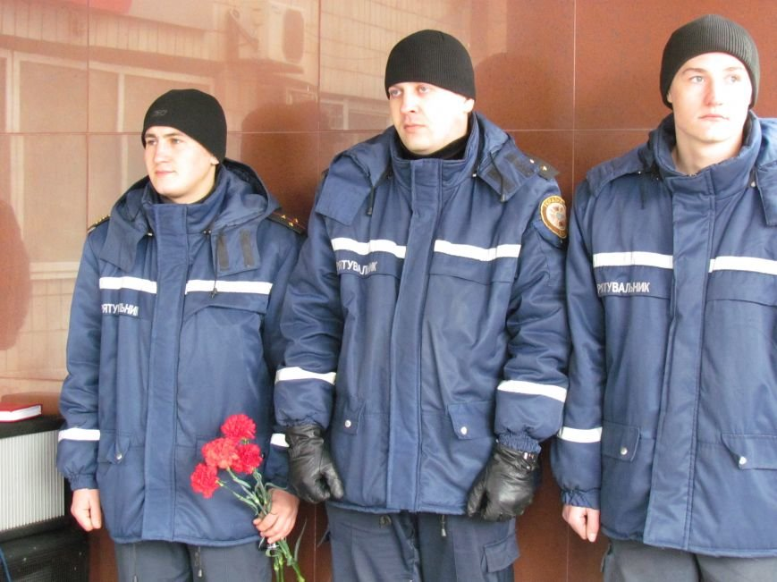 В Мариуполе почтили память героя-спасателя, погибшего в ПГТУ 17 лет назад (ФОТОРЕПОРТАЖ), фото-6