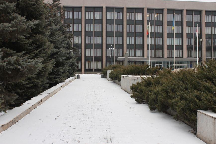 В Кривом Роге неожиданно выпал первый снег  и застал врасплох комунальщиков, фото-1