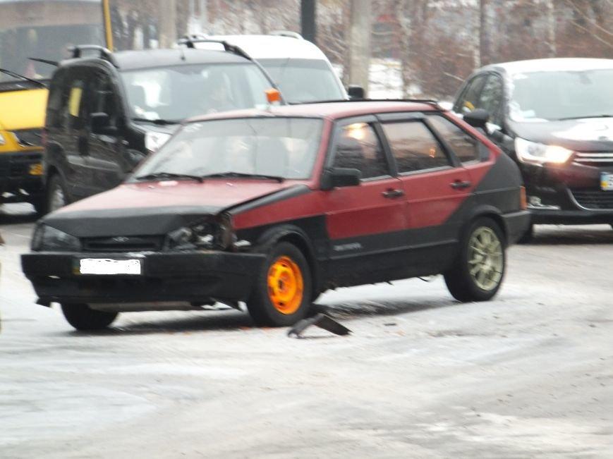 На перекрестке в Кировограде случилось ДТП (фото), фото-4
