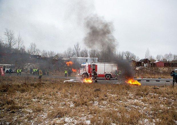 В пожарном биатлоне петрозаводские брандмейстеры лучшие, фото-1
