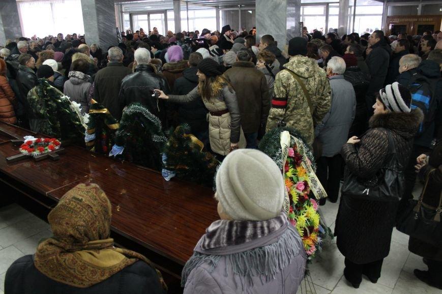В Сумах попрощались с двумя военными, погибшими в АТО (ФОТО), фото-1