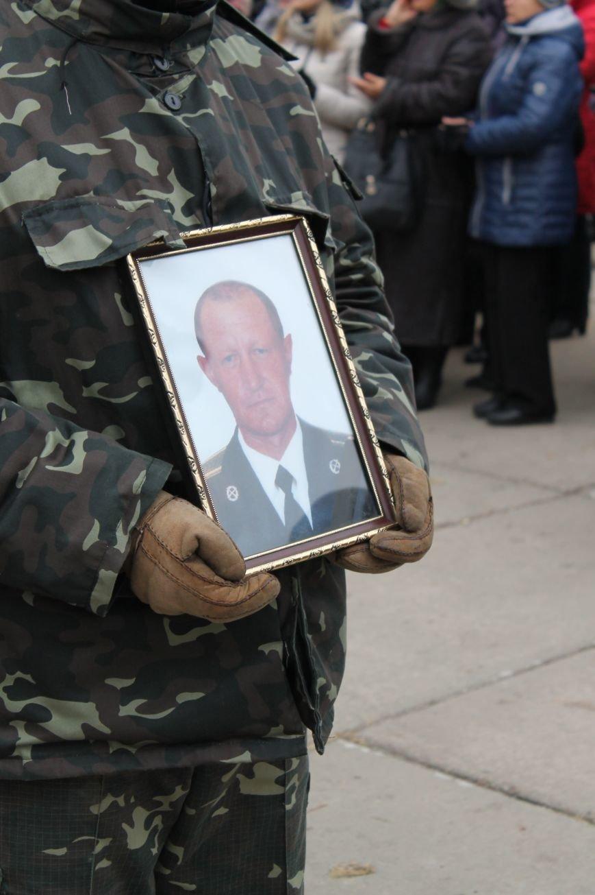 В Сумах попрощались с двумя военными, погибшими в АТО (ФОТО), фото-3