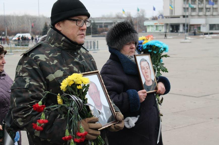 В Сумах попрощались с двумя военными, погибшими в АТО (ФОТО), фото-7
