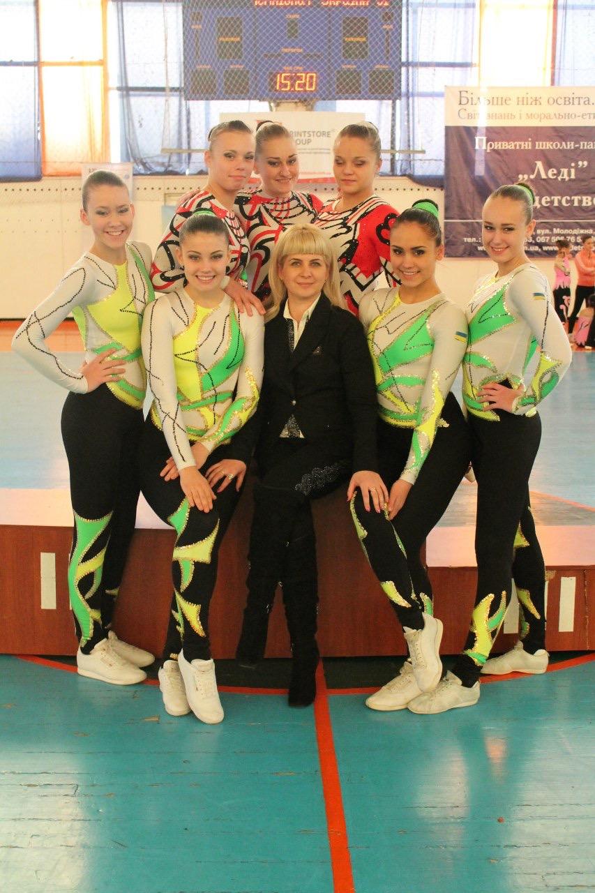 Спортсменки из Красноармейска завоевали 35 золотых медалей на Кубке Украины по аэробной гимнастике, фото-1