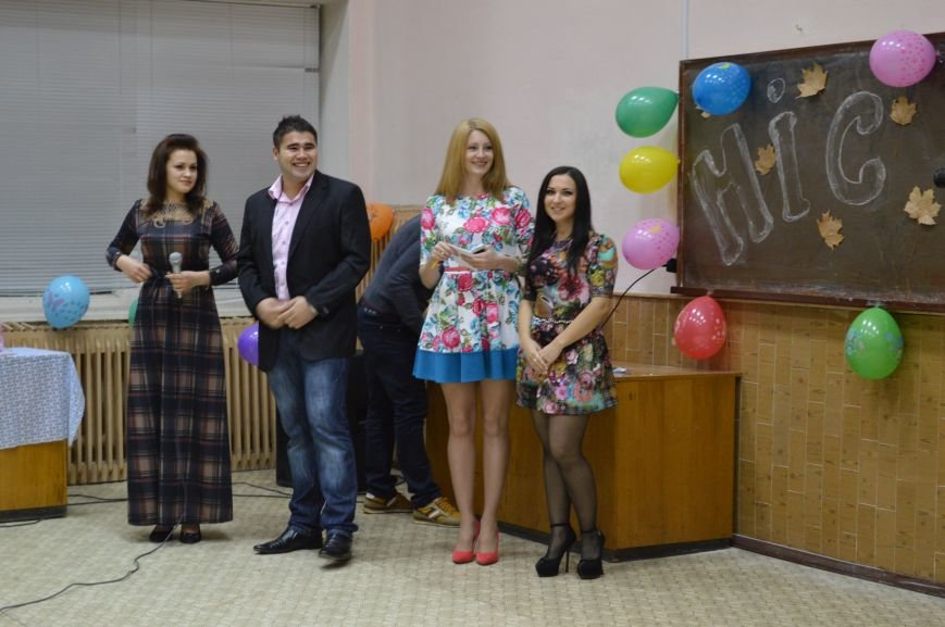 За ініціативи та підтримки студради студмістечка СумДУ в Гуртожитку №5 було проведено конкурс «Міс осінь 2014» (ФОТО), фото-4