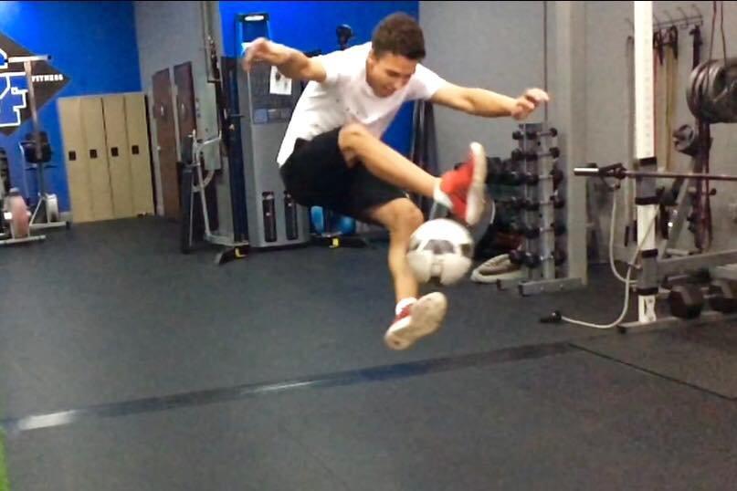 Бывший мариупольский беспризорник стал американским футболистом (ФОТО), фото-5