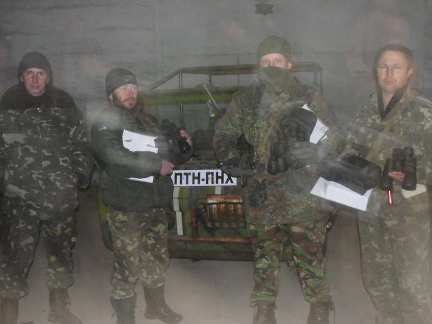 Волонтеры из Лондона прислали бойцам «глаза», а мариупольцы передали телевизоры, фото-2
