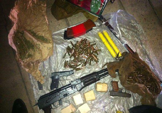 В Добропольском районе задержали девушку-курьера «ДНР», которая поставляла оружие для местной террористической группировки (фото) - фото 3