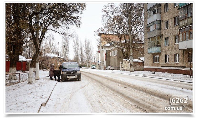 Первый снег в Славянске. Поздравляем всех! (фото) - фото 4