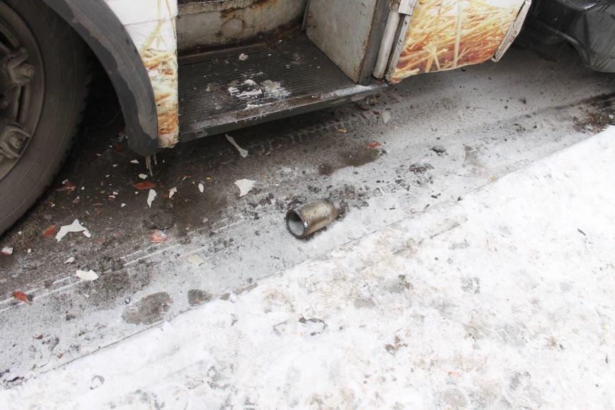 ДТП в Кривом Роге: троллейбус сгреб три иномарки (ФОТО), фото-6