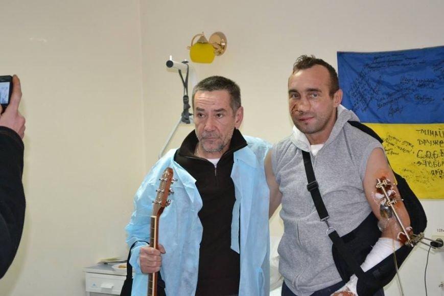 Актер Алексей Горбунов приехал в Днепропетровск с творческим вечером (фото) - фото 1