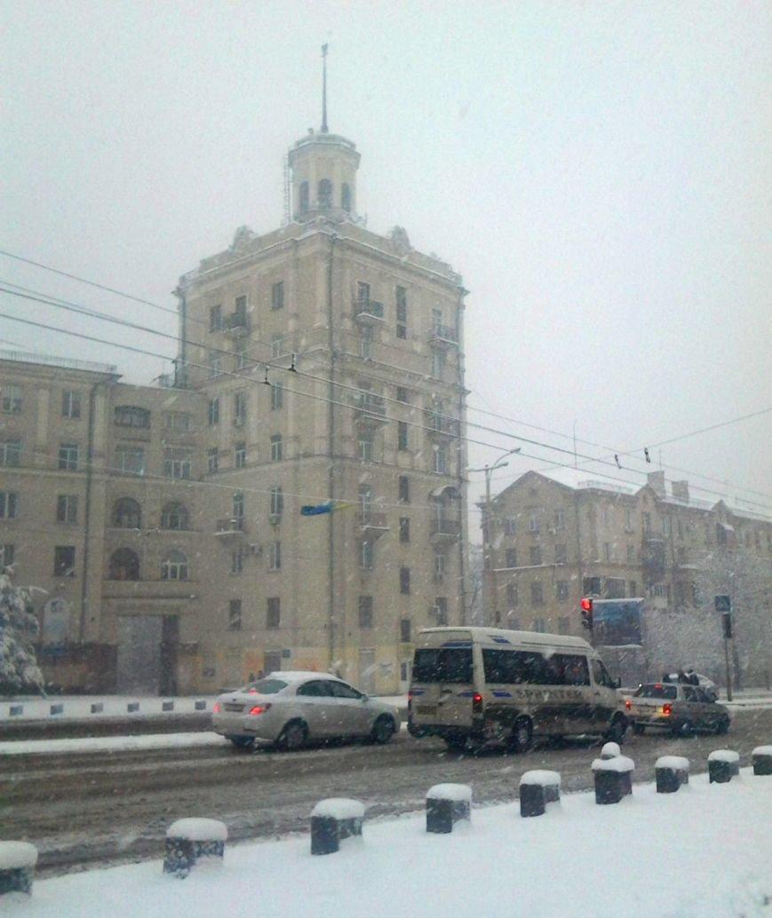 ФОТОРЕПОРТАЖ: Запорожье замело снегом, фото-29